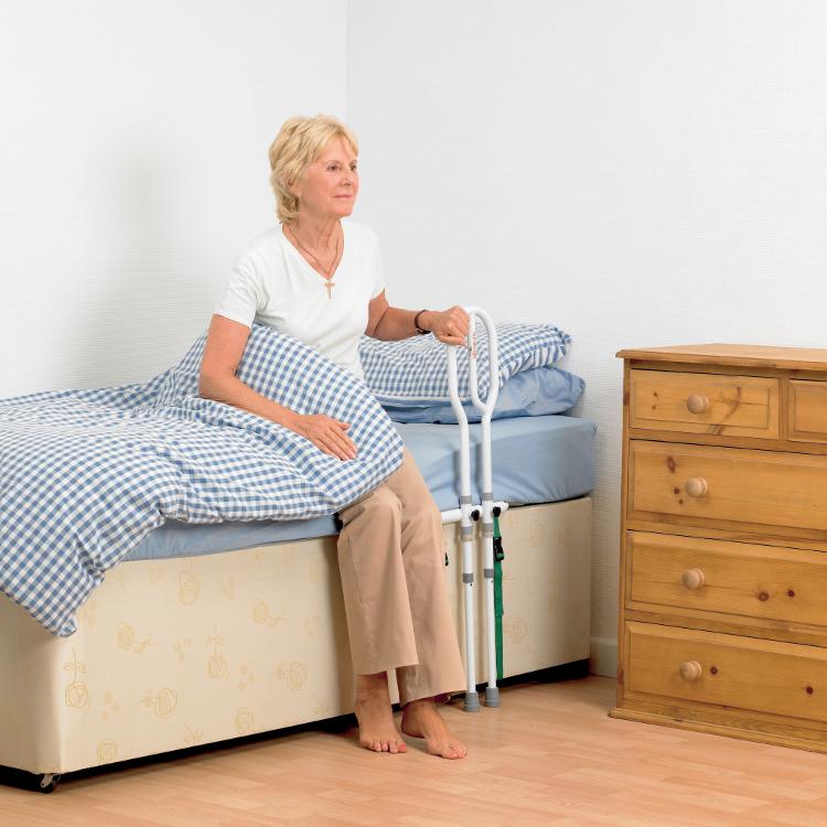 barre d 39 appui de lit. Black Bedroom Furniture Sets. Home Design Ideas