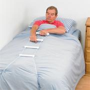 Echelle de corde pour lit