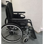 Fauteuil roulant manuel léger Invacare Spin X d'occasion