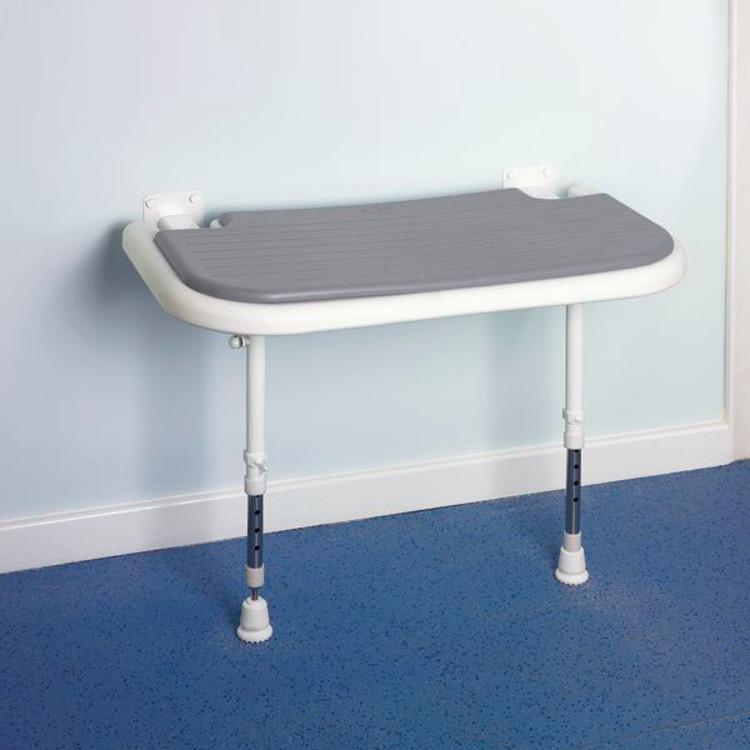 banc de douche mural rabattable xxl avec assise rembourr e sofamed. Black Bedroom Furniture Sets. Home Design Ideas