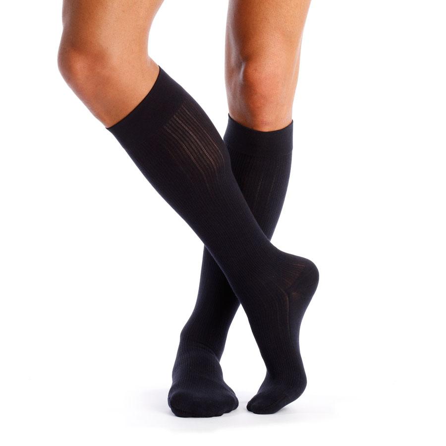 chaussettes de contention homme venoflex city confort coton classe 3 pieds ferm s. Black Bedroom Furniture Sets. Home Design Ideas