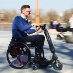5ème roue électrique Blumil Go pour fauteuil roulant manuel