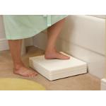 Marchepied ajustable en hauteur pour baignoire