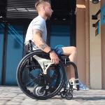 Motorisation électrique YOMPER + pour fauteuil roulant manuel (innovation)