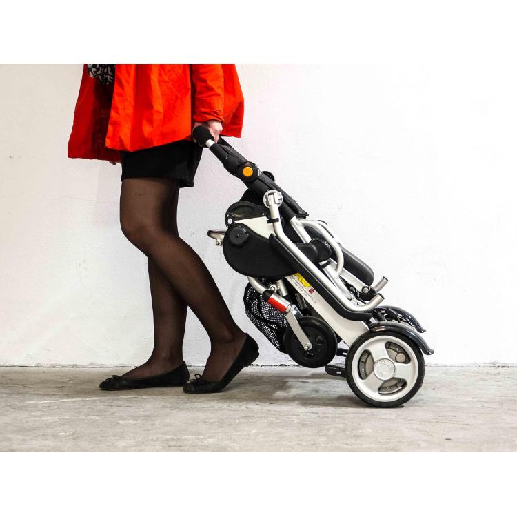 fauteuil roulant lectrique pliant smart chair. Black Bedroom Furniture Sets. Home Design Ideas